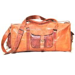 Junkyard Leather Messenger Bag- Jagger