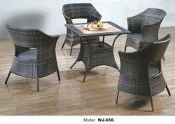 Garden Wicker Chair & Table