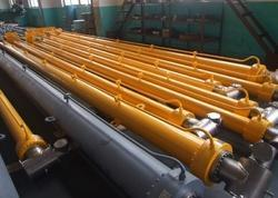 Hydraulic Telescopic Boom Cylinder Repair Services