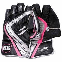 SS Aerolite Cricket Wicket Keeping Gloves