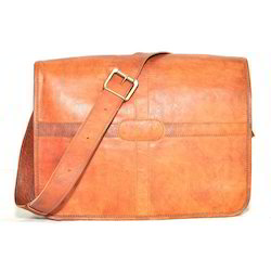 Junkyard Leather Bag- Saddle