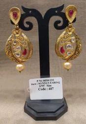 Matt Kundan Earrings