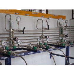 Lab Tubing and Gas Handling System