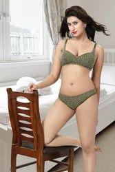 Printing Ladies Innerwear Set