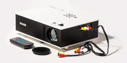 Projector UC80