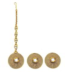 Artificial Earring With Tikka