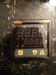 Selec Temperature Controller TC244