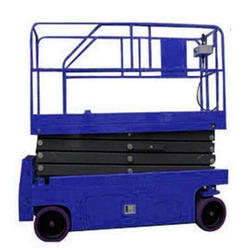 Self Propelled Scissor Lift