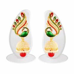 T 01 Designer Earring