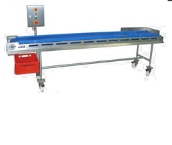 CFL Assembling Conveyor Machine