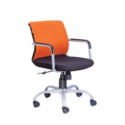 Geeken Low Back Chair Gm 244