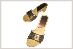 ladies wooden sandals
