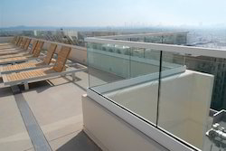 free standing glass railing