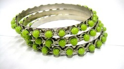 artificial bangle in beads