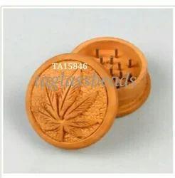 Leaf Design wooden Grinder