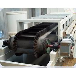 Steep Angle/Cleated Belt Conveyor And Special Belt Conveyor