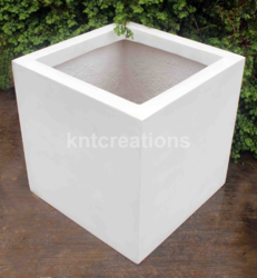 Cube 10 Planter