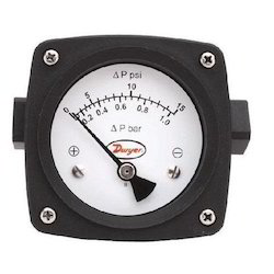 Differential Pressure Piston-Type Gage