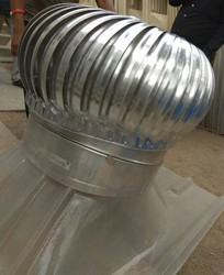 Roof Ventilator with Variable Neck