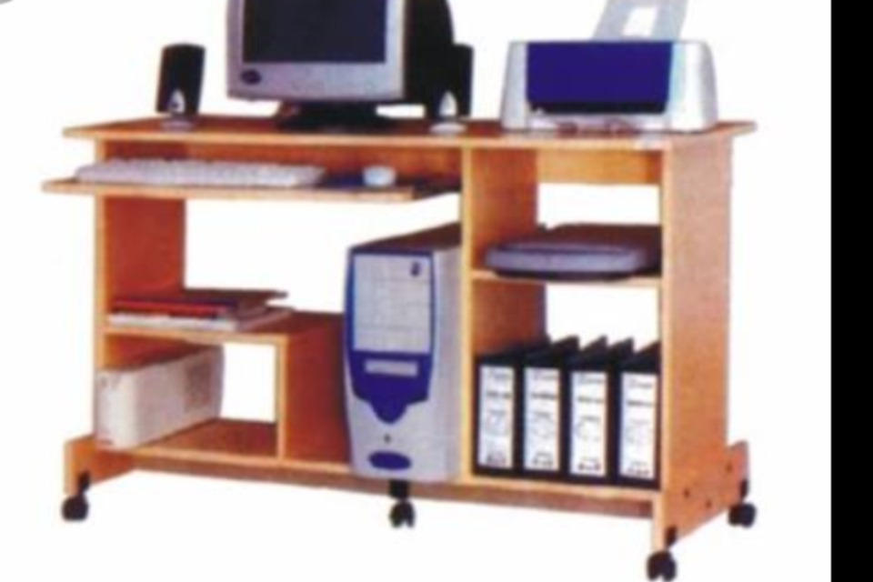 Computer Table (CT-01)