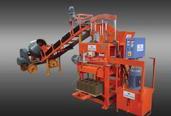 Global 1000 SHD Concrete Block Making Machine With Conveyor