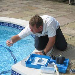 Swimming Pool Clarifying Agent