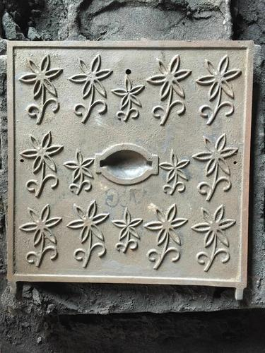 Light Duty Manhole Cover - Casting