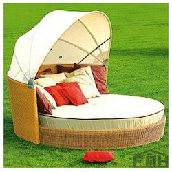 Outdoor Wicker Canopy Bed - Tropical. Get Best Quote  sc 1 st  Luxox Furniture Private Limited & Outdoor Day Beds - Outdoor Patio Beds Manufacturer from New Delhi
