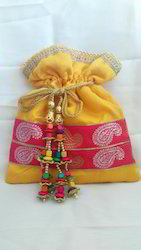 Wedding Gift Potali Batwa