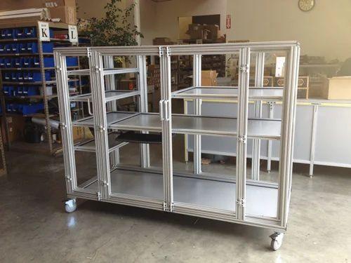 Modern Aluminium Framework Station