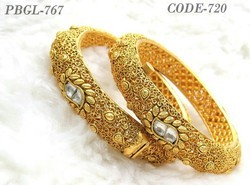 Golden Traditional Polki Bangles