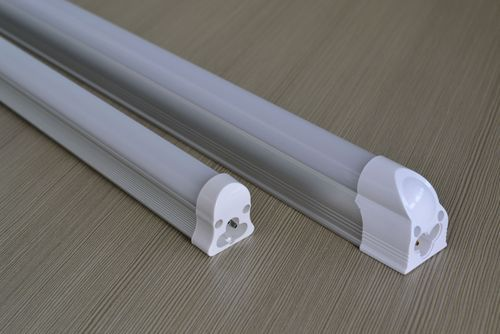 T8 Integrated Tube Light