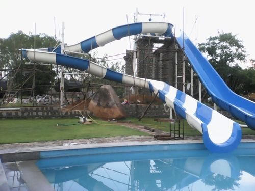 Turning Open Body Water Slide