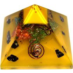 Orgone Pyramid with 1 Copper Ring
