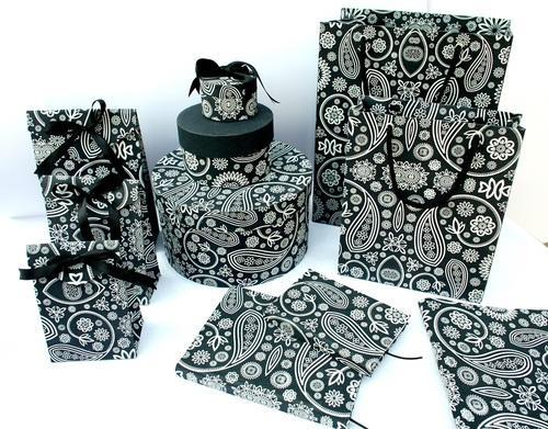 Black and White Paisley Design