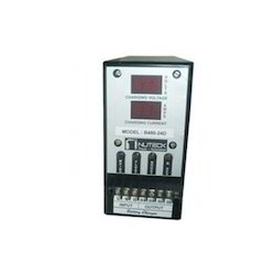 Single Output Battery Charger with DPM