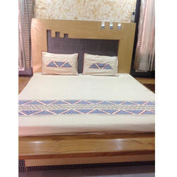 Bombay Dyeing Bed-Sheets
