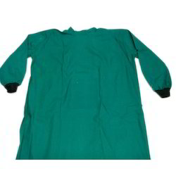 Surgeon Gown Overlap, Size: S And M