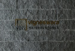Polished Pan India Black Granite Stone Buching, For Wall, Thickness: 12 mm