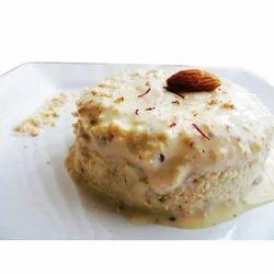 4 Litre Badam Pista Ice Cream, Packaging: Box