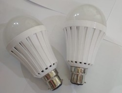Ceramic Cool White Rechargeable LED Bulb, Base Type: B22