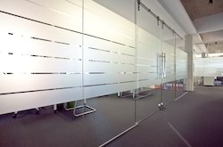 Plain Glass Partition, Shape: Flat