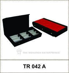 Sunglass Storage Display Tray