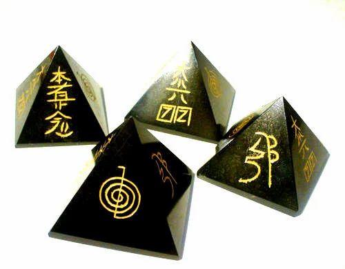 Black Tourmaline Reiki Healing Pyramid