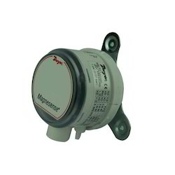 Dwyer Differential Pressure Transmitter