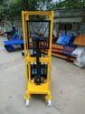 1000 Kg Hydraulic Pallet Stacker