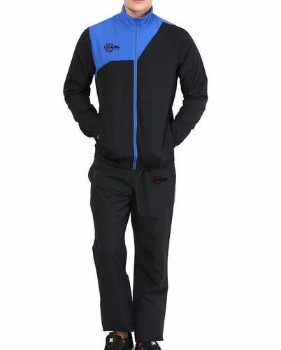 3ccf517879 Men Sports Wear - Men Track Suit Manufacturer from Suratgarh