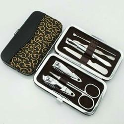 Manicure Set - 7 In 1