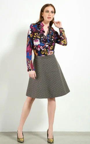 5ef396addf562 Women Georgette Top And Short Skirt Set