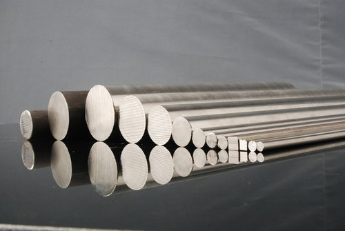 En 42/ 45/ 47 Black Round Bars, Application: Automobile Industry And Oil Gas Industry